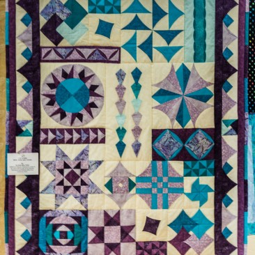 08:-3 Of a Kind Mine, Hers and Yours By Eileen Walters / BOM from Popular Patchwork magazine 2013. Made at the same time as two of my friends. Patchwork and friends what more could you want.