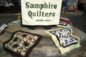 Samphire-Quilters-exhibition